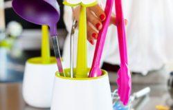 Dizájn konyha meglepő kiegészítőkkel – Virágzó konyha