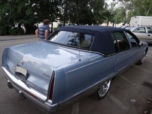 Cadillac-lánybúcsú-autó