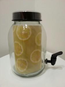 Limonádés üveg italadagoló