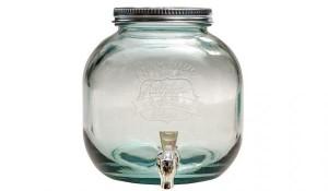 6 literes italadagoló zárható csappal, zárható fedéllel, zöld, újrahasznosított üvegből. A limonádék, szörpök gusztusosan mutatnak benne.