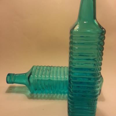 Türkizkék üveg váza