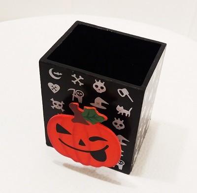 Fa ceruzatartó Halloween tök csipesszel