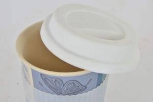 Lepkés bögre. Thermo coffee to go bögre (környezetbarát). Kemény bambuszból, szilikon gallérralés szilikon kupakkal. 4 dl.