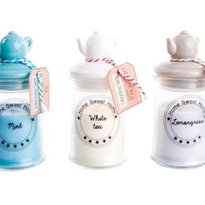 parfümösgyertya üveg gyertyatartóban