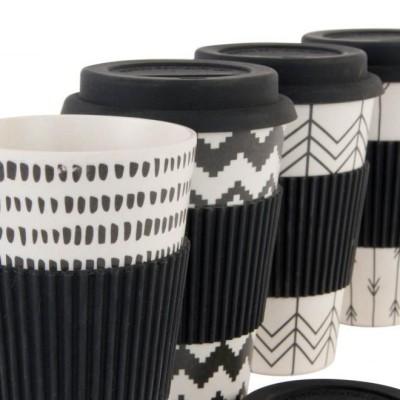 Thermo coffee to go bögre (környezetbarát). Kemény bambuszból, szilikon gallérralés szilikon kupakkal. 3,5 dl.